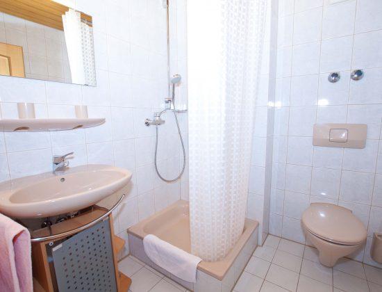 Zimmer Nr. 5 Badezimmer